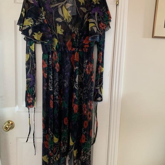 Zara Dresses & Skirts - Beautiful dress